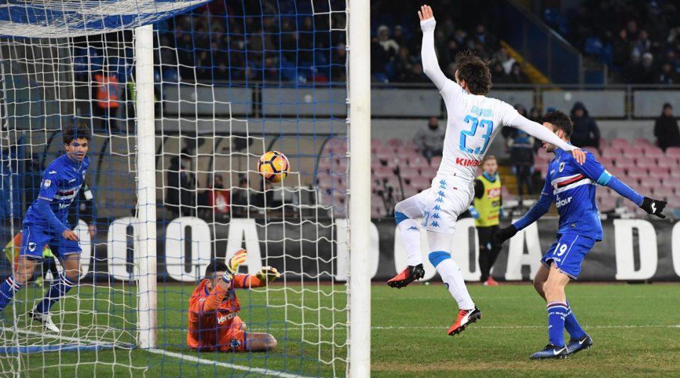 Gabbiadini, entrato da poco, trova il gol del pareggio