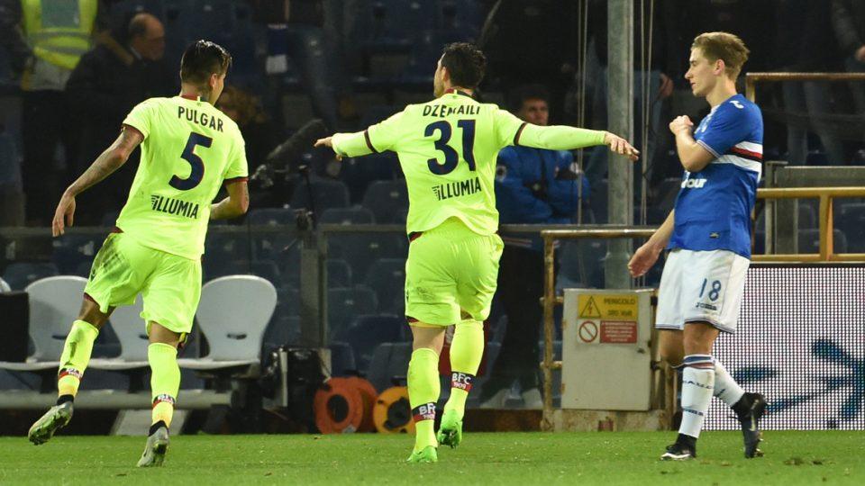 Dzemaili esulta dopo il bel gol dello 0-1