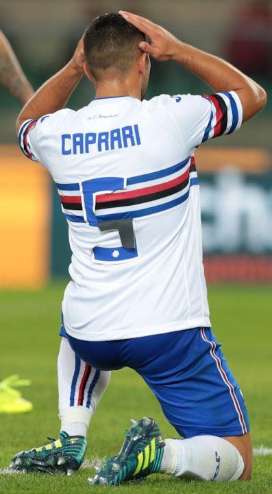 Nel finale, il 9 di Caprari diventa un numero 5