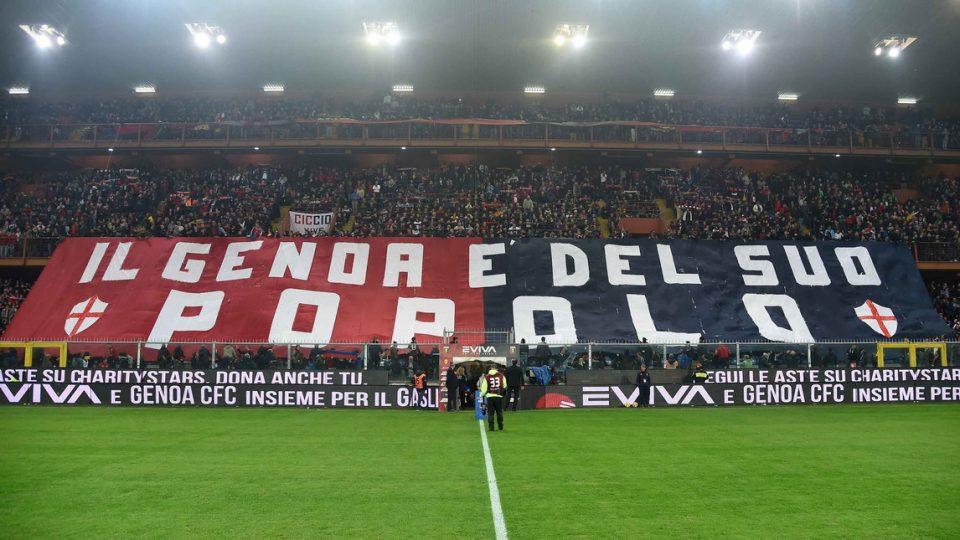 ...E la risposta dei tifosi del Genoa