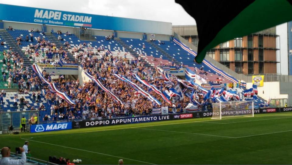 I numerosi tifosi doriani arrivati a Reggio