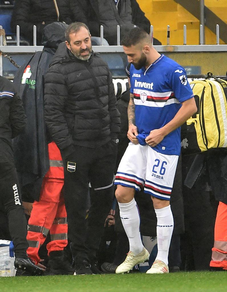 Giampaolo dà istruzioni a Tonelli