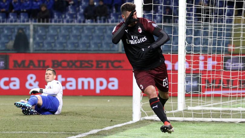 Cutrone festeggia dopo il gol dello 0-1
