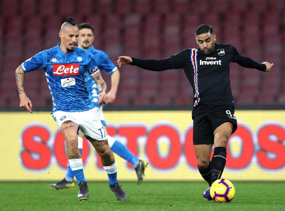 Hamsik a duello con Defrel: dopo il match il Napoli ha dichiarato che questa era l'ultima gara in azzurro per lo slovacco, che saluta dopo 12 stagioni