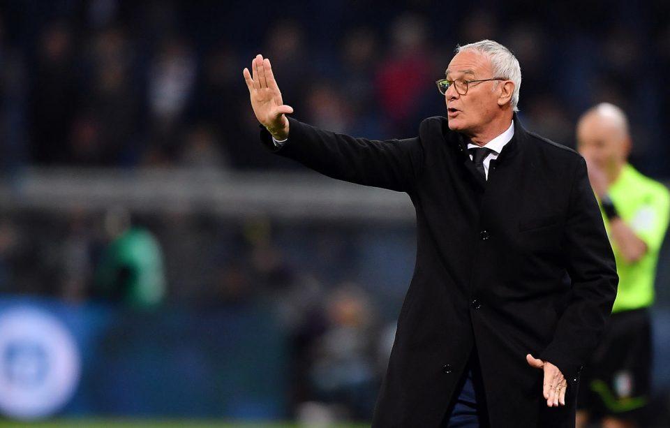 Ranieri dà indicazioni ai suoi