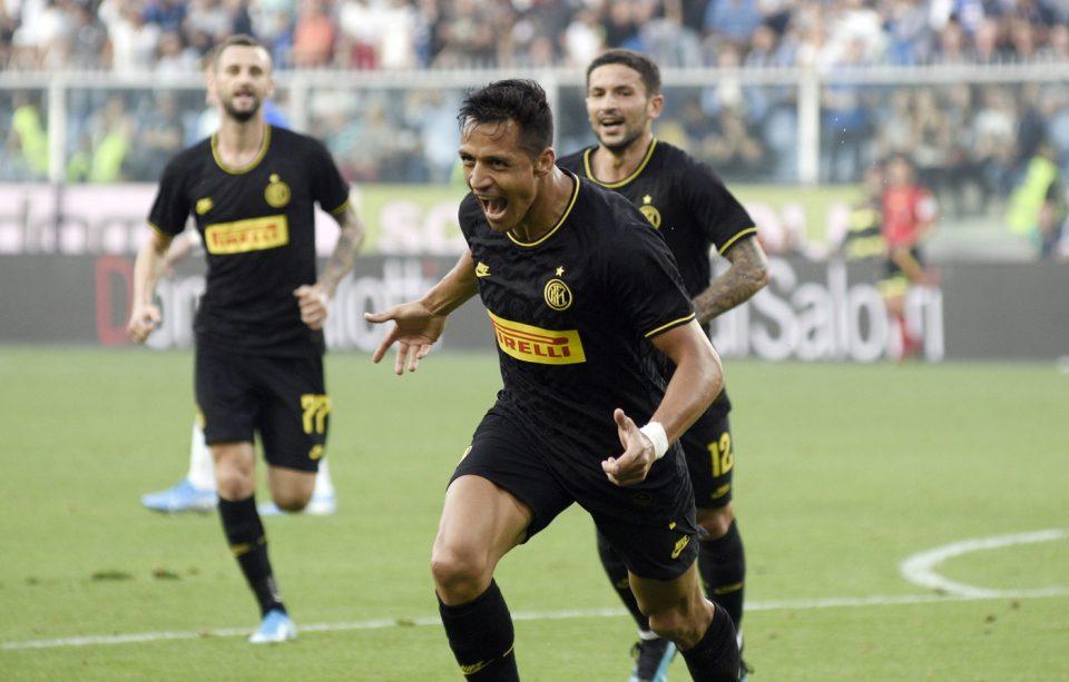 Alexis Sánchez celebra il suo gol