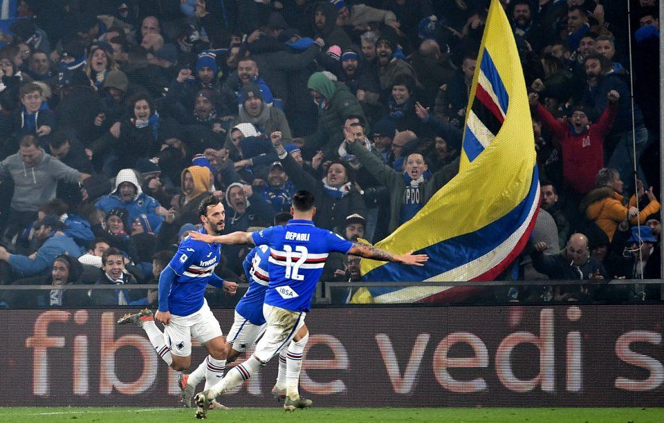 Gabbiadini festeggia: ha appena segnato il gol che vale il derby