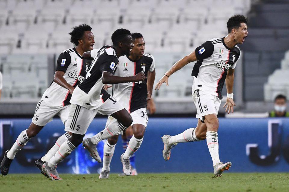 Ronaldo esulta dopo il gol messo a segno nel recupero del primo tempo