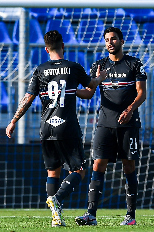 Bertolacci e Léris festeggiano il gol dello 0-1