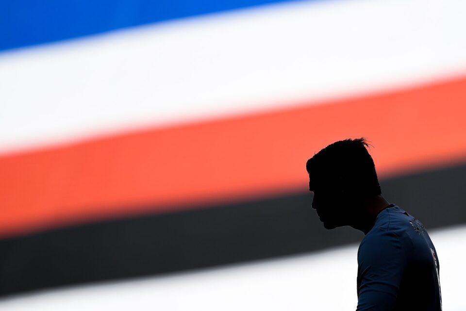 Una suggestiva silhouette di Audero su sfondo blucerchiato