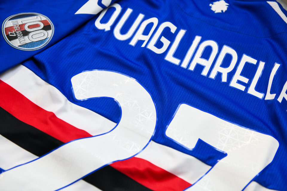 La patch dei giocatori della Samp per celebrare i 100 gol doriani di Quagliarella